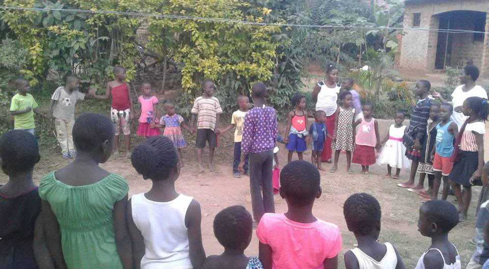 uganda heart 2 heart initiative drop in center kids playing